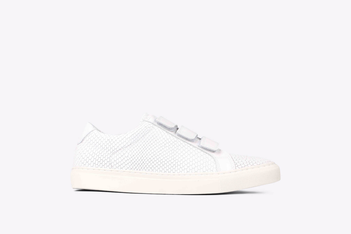 Bent velcro croc white
