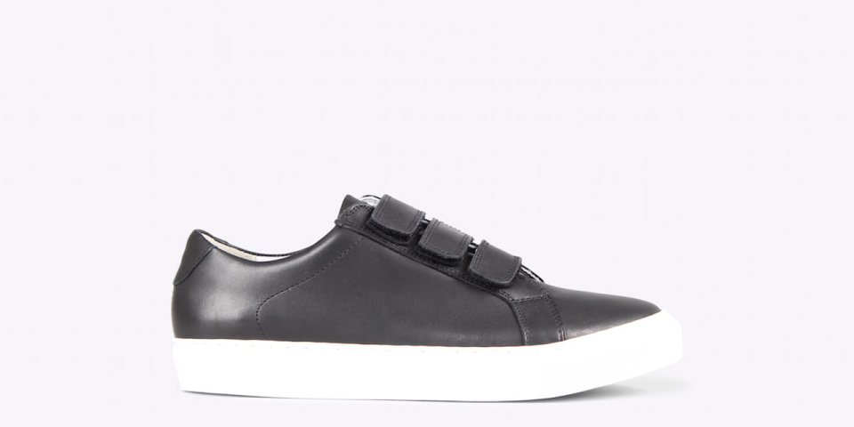 Bent velcro nappa black