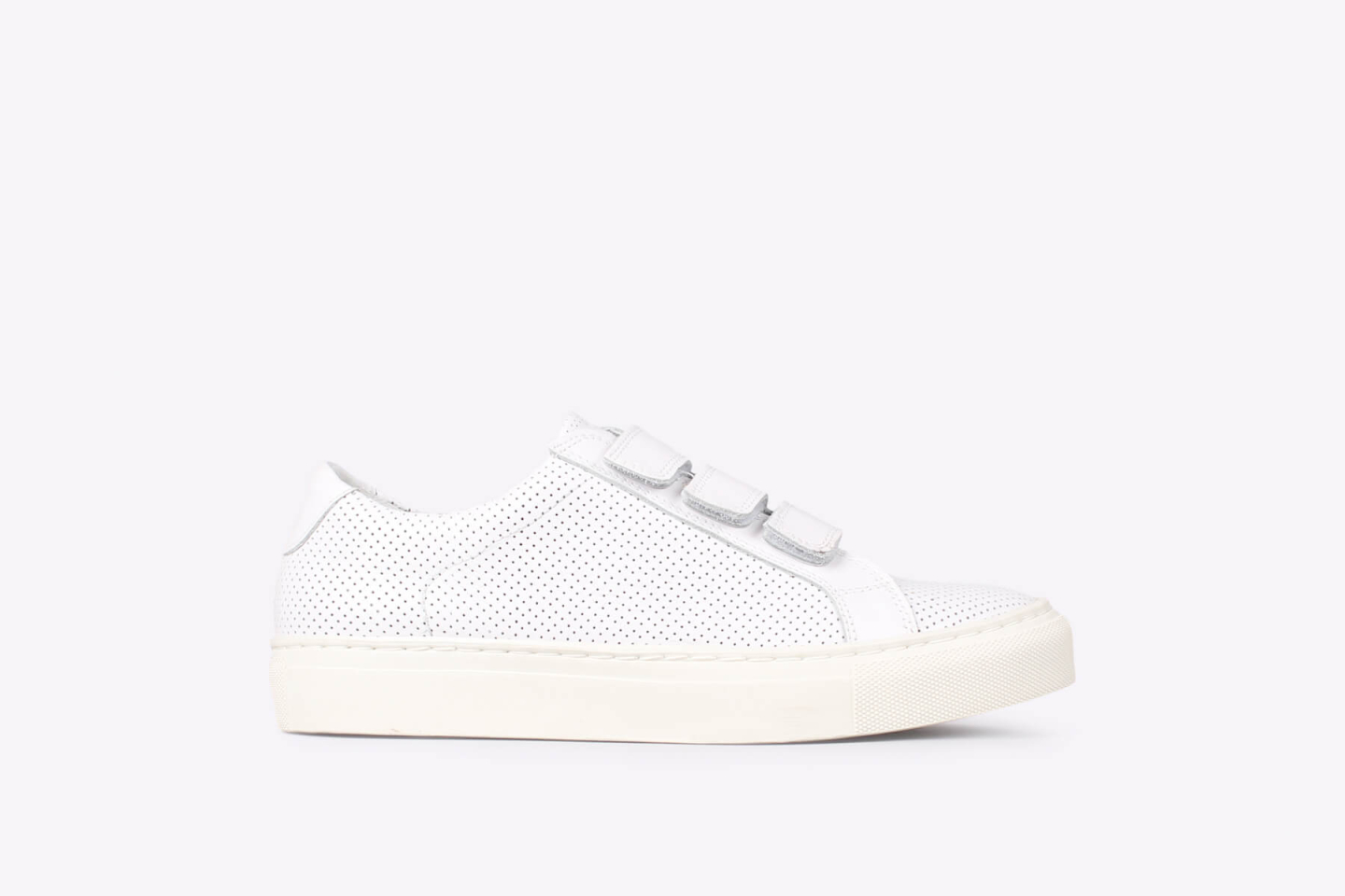 Womens – Bent velcro pref white